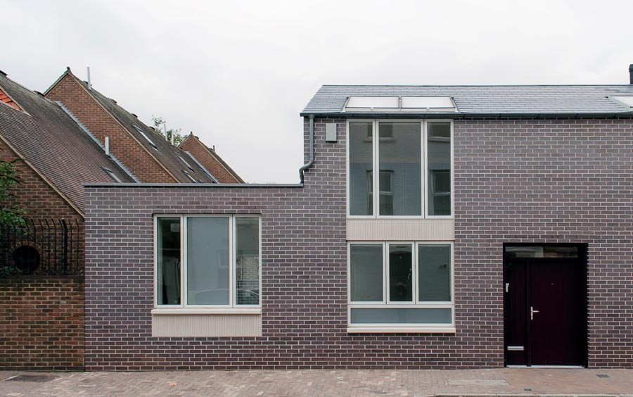 A newbuild house in Kingscross with Brown Brindle bricks